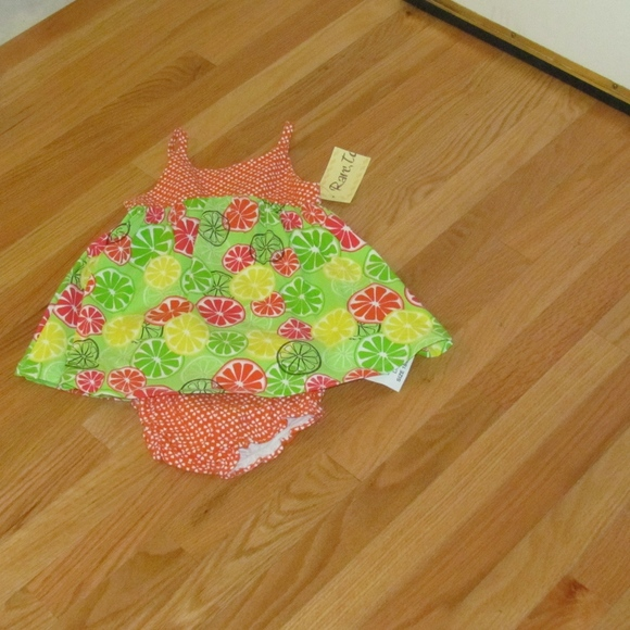 NWT Rare Too Girl/'s Dress 12m Fruit Slices Sleeveless with Diaper Cover